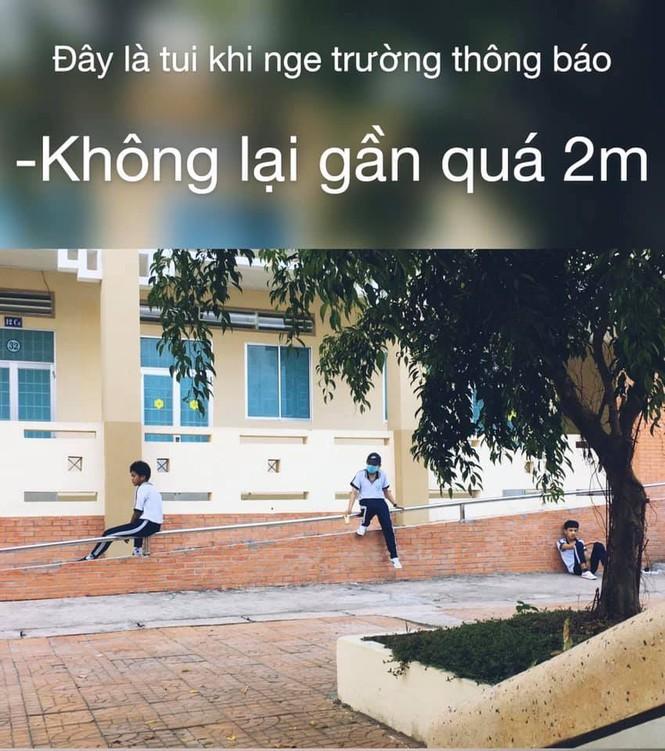 "Tro lai truong sau ky nghi ""Co-Vy"", hoc tro da co muon van chuyen de ke-Hinh-3"