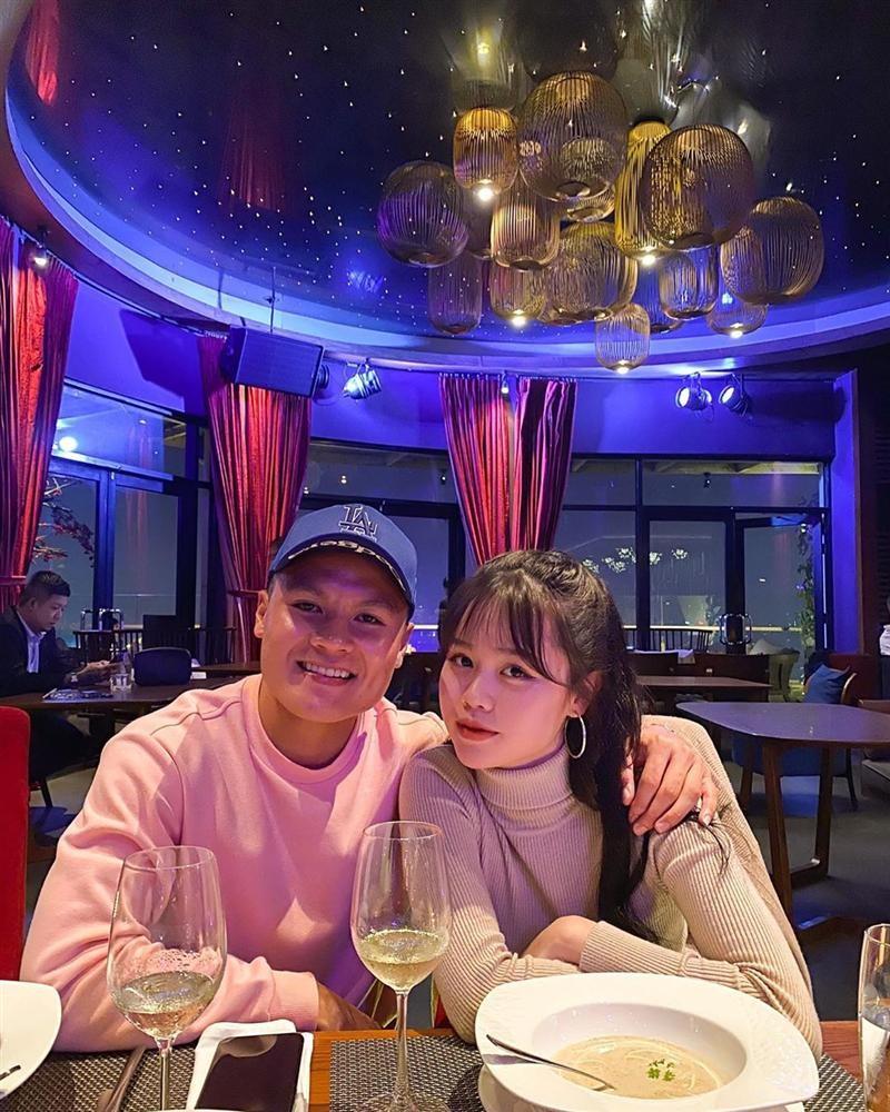 Quang Hai cong khai ban gai moi, Nhat Le tuyen bo