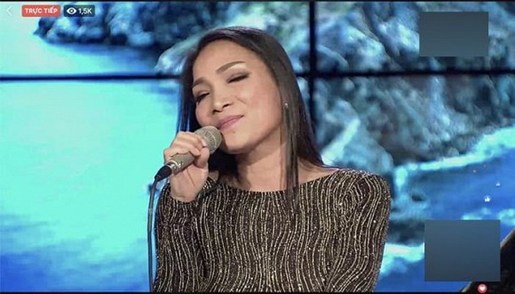 Hong Ngoc chinh thuc xuat hien tren song livestream, khoe nhan sac that 100%-Hinh-3
