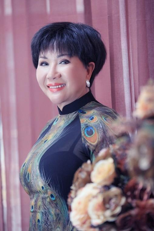 Danh ca Le Thu: Lam dau 2 thang va 2 cuoc hon nhan bi kich-Hinh-2