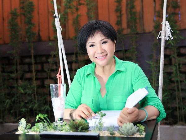 Danh ca Le Thu: Lam dau 2 thang va 2 cuoc hon nhan bi kich-Hinh-8