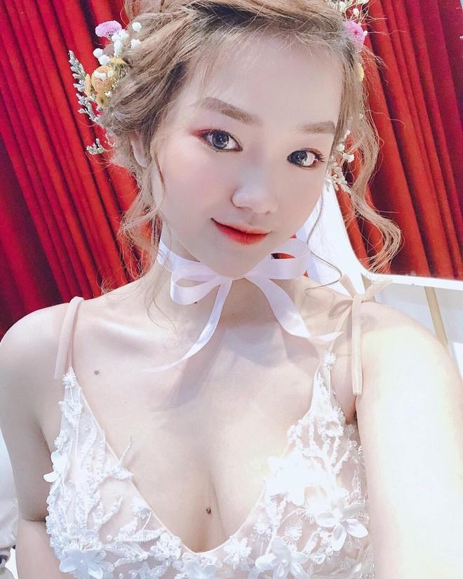 Gai xinh thi Hoa hau bi che photoshop qua da: Minh co khieu chinh anh-Hinh-2