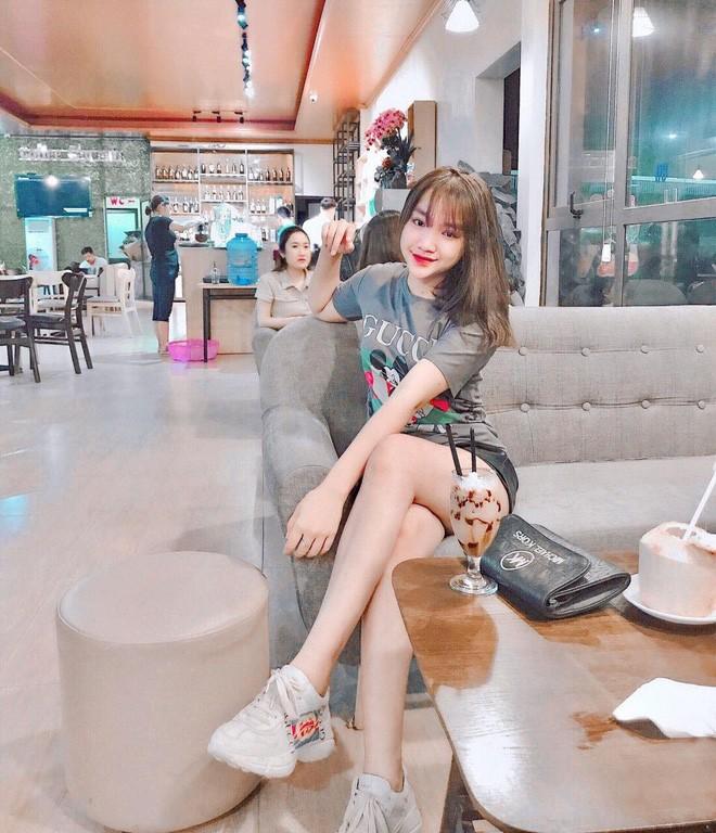 Gai xinh thi Hoa hau bi che photoshop qua da: Minh co khieu chinh anh-Hinh-7