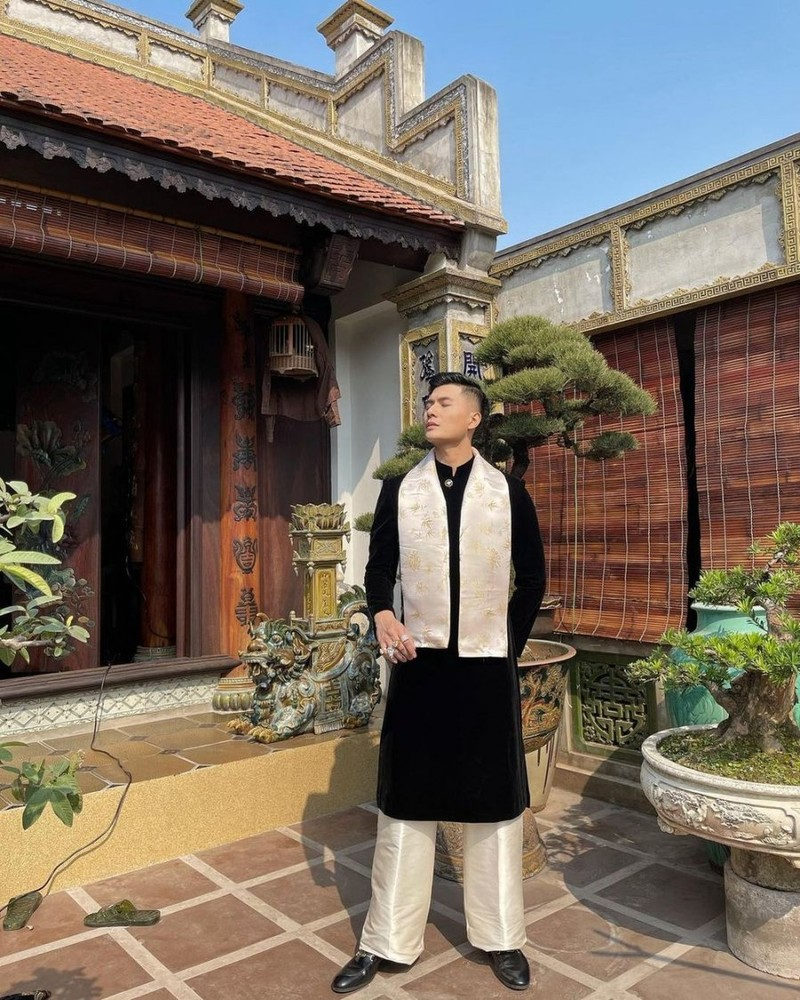 Ban trai Le Quyen, Lam Bao Chau la tay choi kim cuong dich thuc-Hinh-3