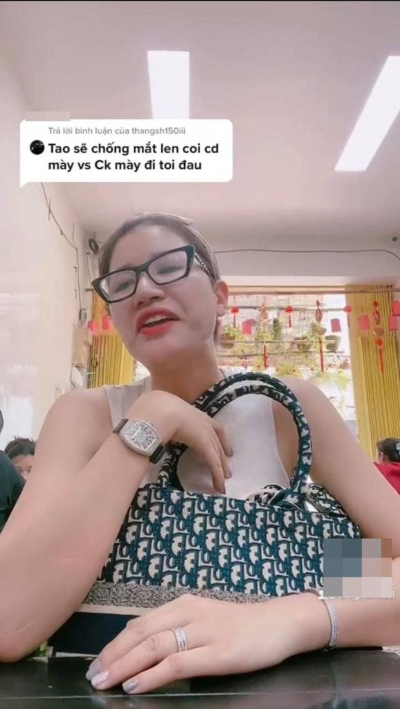 Trang Tran phan ung cuc gat khi anti-fan 'mia mai' hon nhan-Hinh-3