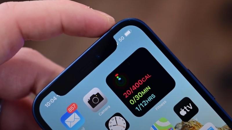 iPhone 13 se co phan khuyet dinh nho hon