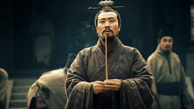 """Ton Quyen so """"tai mat"""" khi nghe Luu Bi nghien rang noi gi?"""