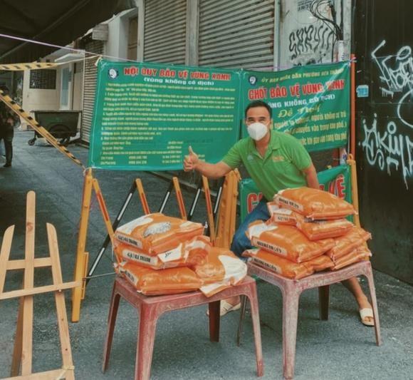 MC Quyen Linh o chung nha khong dam gap con suot 2 thang lien