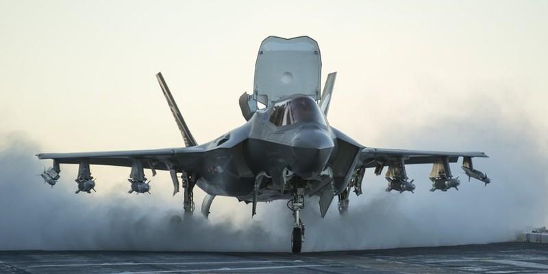 Mang tiem kich F-35 den Dia Trung Hai, My quyet thua du voi Nga-Hinh-2