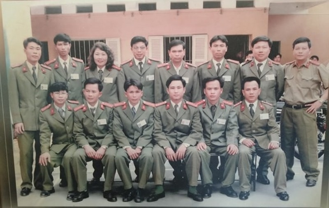 Dai ta ke chuyen dep loan giang ho dat Cang va cuoc doi dau anh Dung Ha-Hinh-2