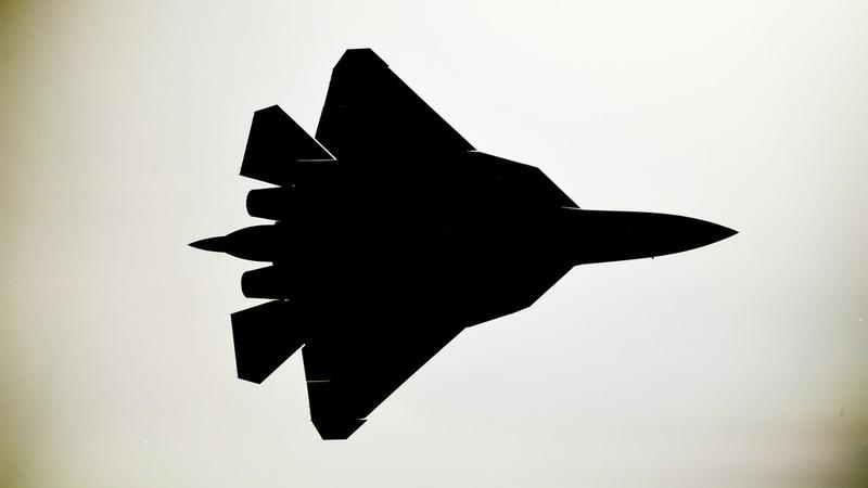 Nong: Tiem kich tang hinh Su-57 Nga roi, bi pha huy hoan toan