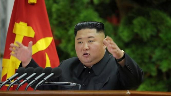 """Chu tich Kim Jong-un mo phien hop toan the dang cam quyen truoc """"thoi han chot"""" cuoi nam"""