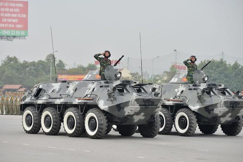 Xe boc thep BTR-60 Viet Nam boi cuc dinh, phoi hop hiep dong tot voi tau do bo-Hinh-3