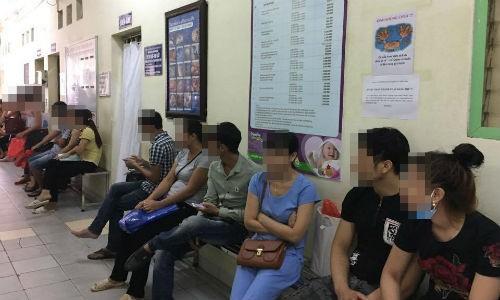 Dieu tri vo sinh: san phu mang thai, bac si phap phong
