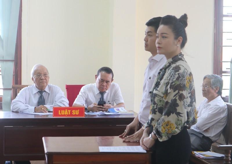 Ca si Nhat Kim Anh kien doi con: Dien bien moi the nao?