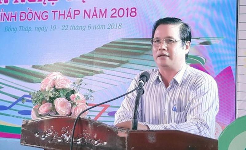 Nguyen nhan Pho giam doc So VHTT&DL Dong Thap bi truy to
