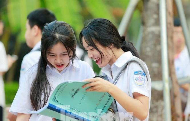He lo diem chuan vao lop 10 Chuyen Khoa hoc xa hoi & Nhan van