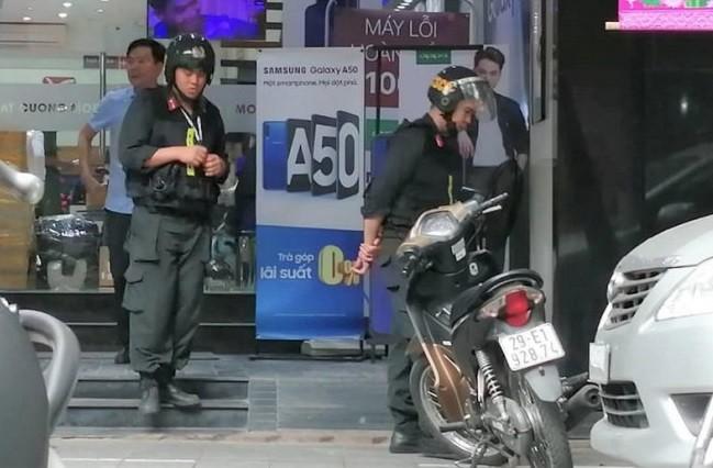 Nhung ai da bi bat trong dai an Nhat Cuong Mobile?