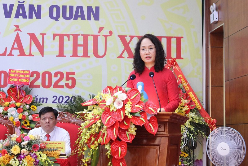 Ba Lam Thi Phuong Thanh tai dac cu Bi thu Tinh uy Lang Son