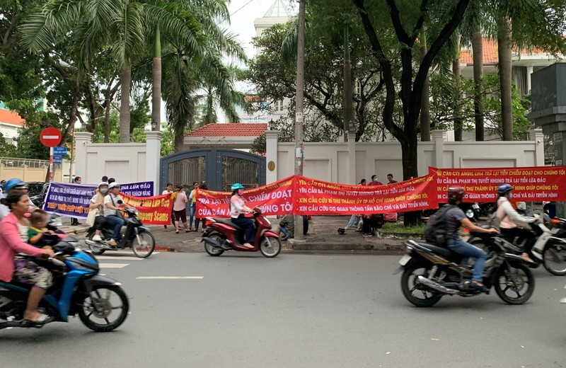9 du an ma Giam doc Angel Lina Pham Thi Tuyet Nhung lua dao khach hon 285 ty-Hinh-2