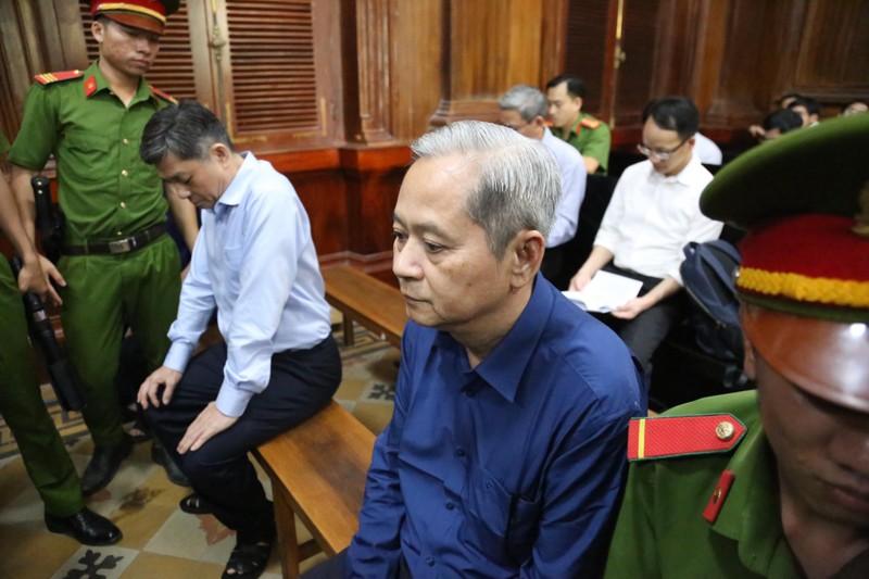 Cuu Giam doc So TN TP.HCM: 'Nghi giao dat 15 Thi Sach vi nghiep vu an ninh'-Hinh-2
