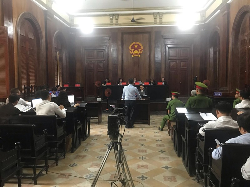 Cuu Giam doc So TN TP.HCM: 'Nghi giao dat 15 Thi Sach vi nghiep vu an ninh'