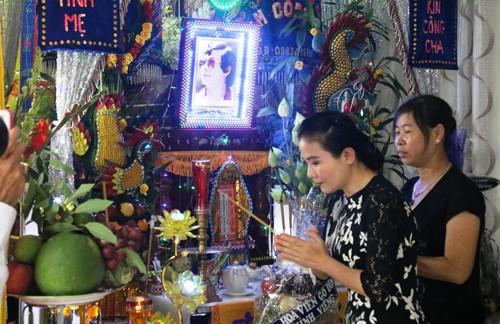 Nghe si Viet den tien biet NSND Thanh Tong-Hinh-4