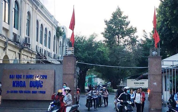 TP HCM: Nhieu co quan, don vi treo co ru chuan bi Quoc tang Chu tich nuoc-Hinh-5