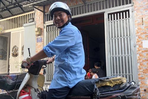 Nhat duoc 100 trieu, nguoi dan ong co hanh dong bat ngo-Hinh-2