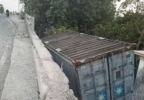 Container lien tiep gay tai nan kinh hoang tren duong nguy hiem nhat TPHCM