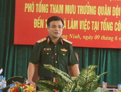 Thu tuong ky quyet dinh bo nhiem 4 Thu truong Bo Quoc phong
