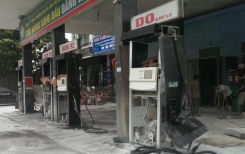 Thanh Hoa: Cay xang bat ngo phat no