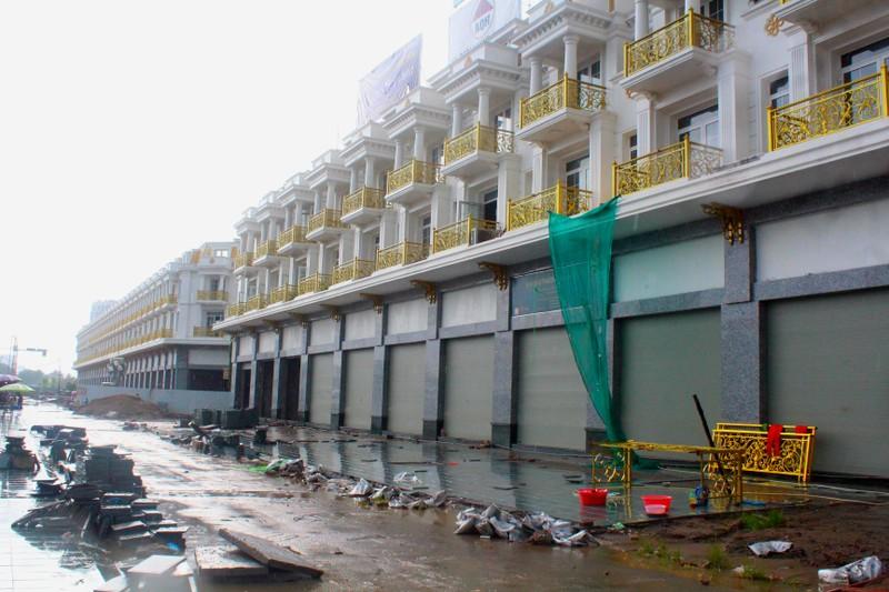 """Du an Shophouse 24h Van Phuc: CDT Hai Phat dung chieu """"thoi gia""""?"""