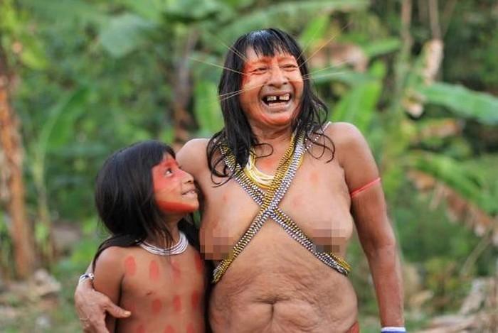 "Ben trong bo lac tung an thit nguoi than de ""hut linh hon"" o Peru-Hinh-2"
