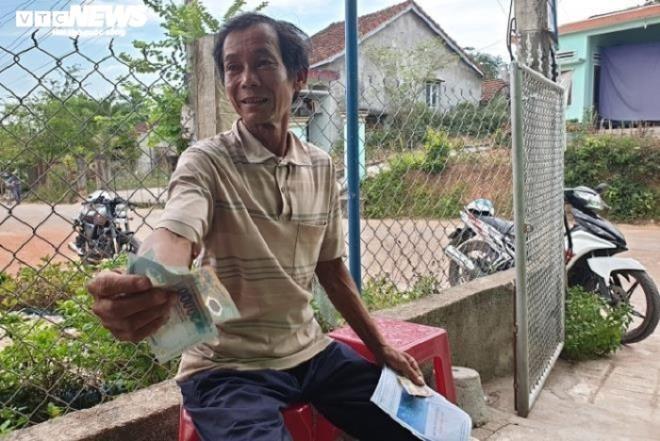 Chi tien ho tro dan roi thu lai: Can bo Quang Nam tran tinh-Hinh-3