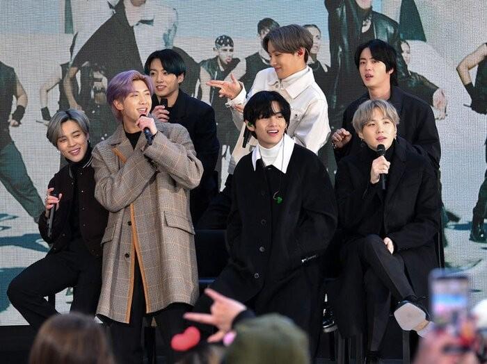 BTS dang Twitter bang iPhone nhung day la li do ai cung bat ngo-Hinh-3