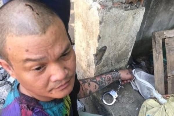 Bat doi tuong ban trong thuong ca si Ho Pham