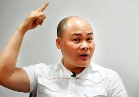 Ong Nguyen Tu Quang: Co nguoi nhan tien danh Bphone