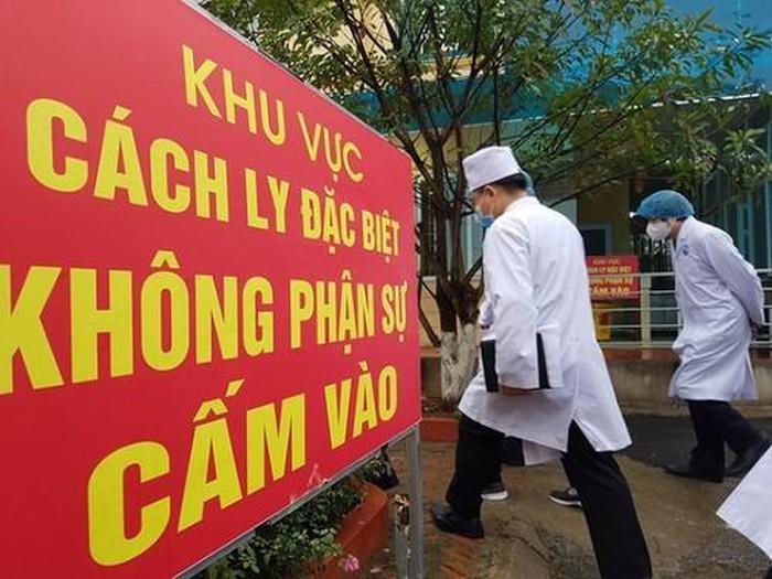 7 chuyen gia dau khi Nga duong tinh voi SARS-CoV-2, Viet Nam co 408 ca benh