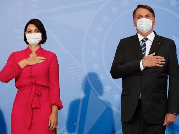 De nhat phu nhan Brazil duong tinh voi virus SARS-CoV-2