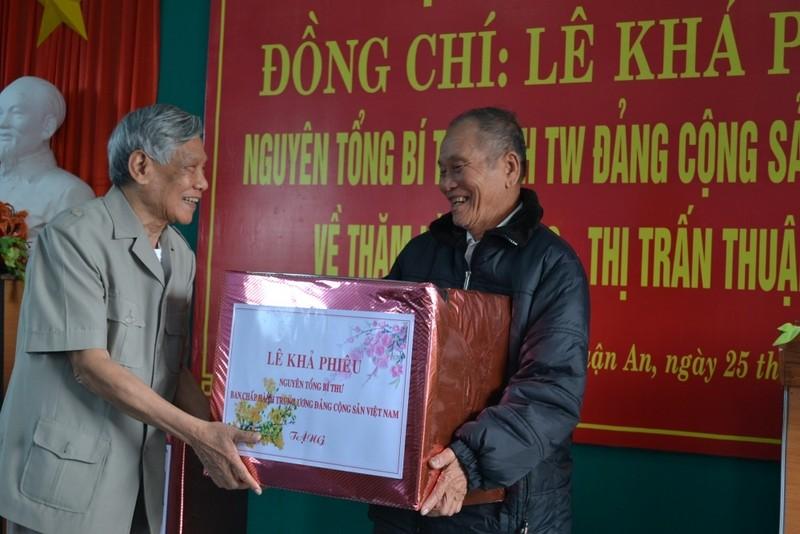 Nguoi dan lang Rong thuong nho bac Phieu!-Hinh-2