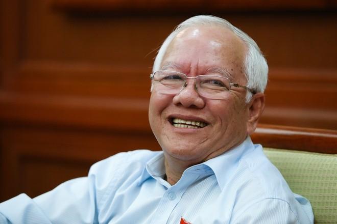 Kien nghi xu ly hanh chinh cuu Chu tich TP.HCM Le Hoang Quan