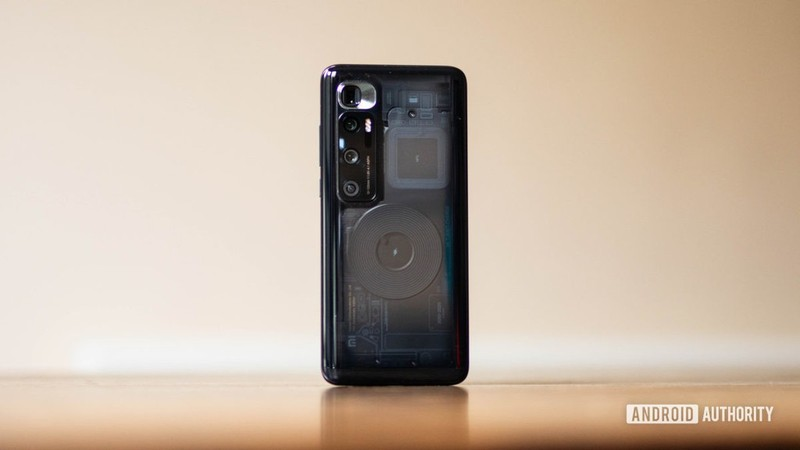 Xiaomi Mi 10 Ultra dan dau top smartphone sac nhanh nhat nam 2020-Hinh-2