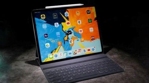 "Tu nam 2021, man hinh iPad se ""than thanh"" co nao?-Hinh-4"