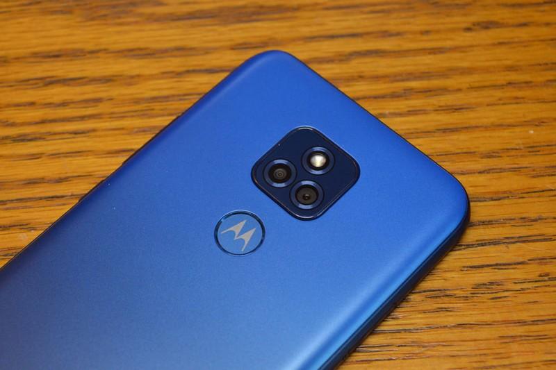 Smartphone gia re cua Motorola so huu camera do mo cuc lon-Hinh-2
