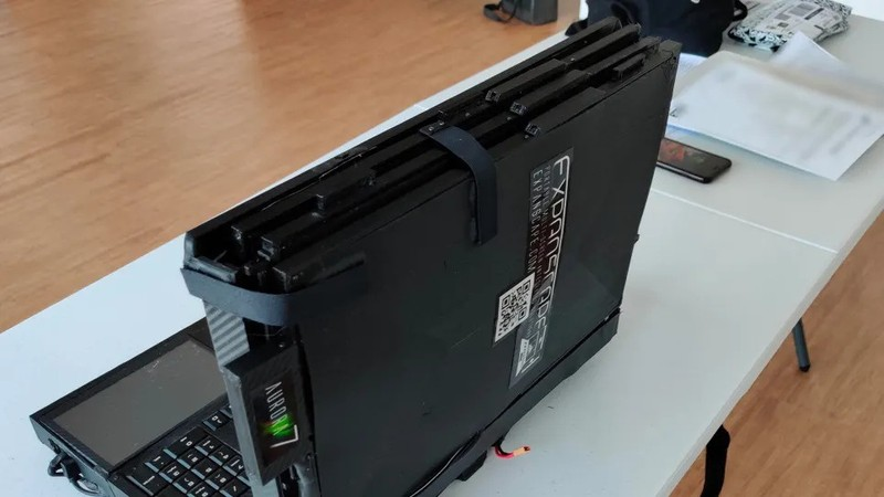 Sieu laptop 7 man hinh co cau hinh