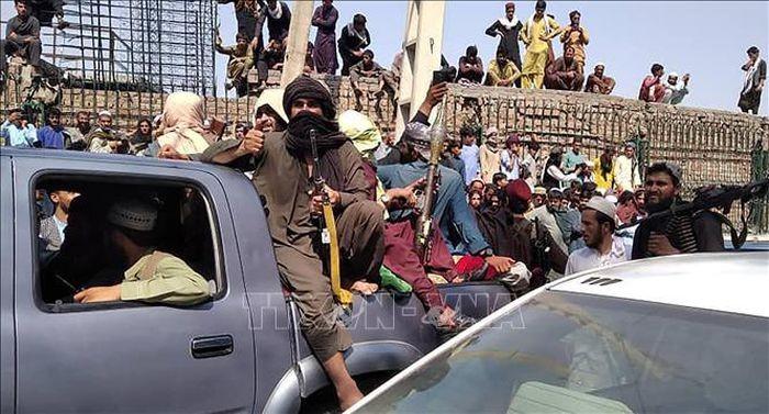 Taliban khang dinh cuoc chien tai Afghanistan da ket thuc