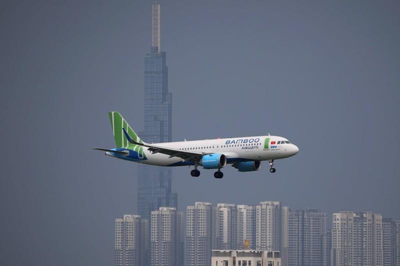 "100 tau bay Bamboo bi ""tuyt coi"": Ty phu Quyet tham vong ""vuot"" Vietnam Airlines?"