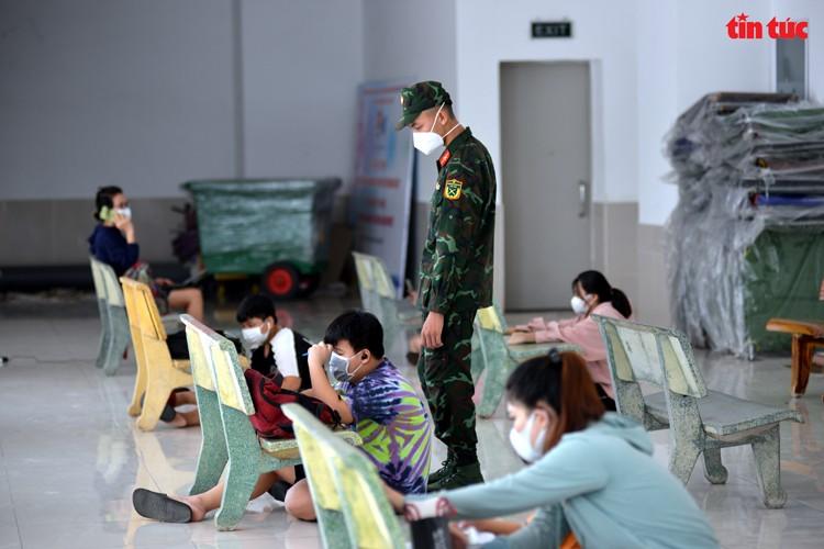 Lop hoc online 'da chien' o TP Ho Chi Minh-Hinh-4