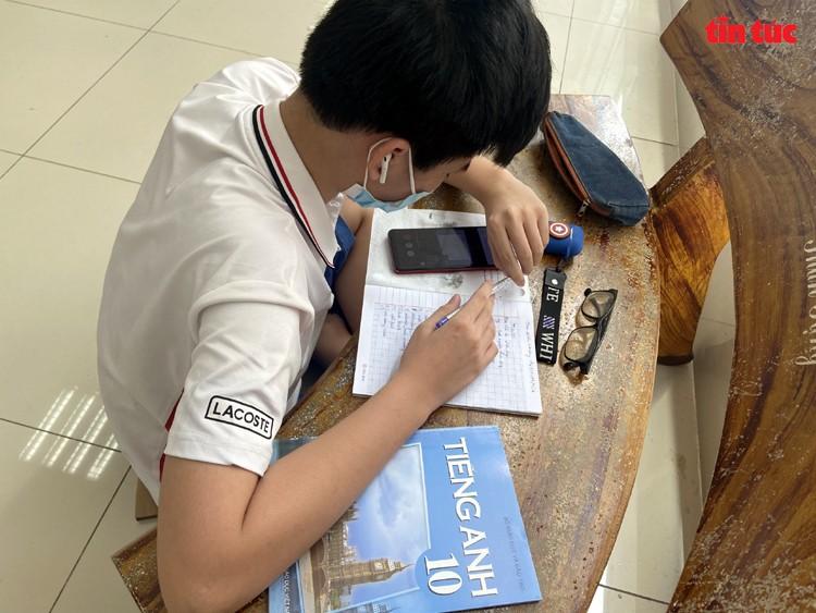 Lop hoc online 'da chien' o TP Ho Chi Minh-Hinh-6